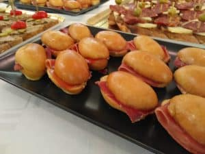 buffet traiteur lyon 55